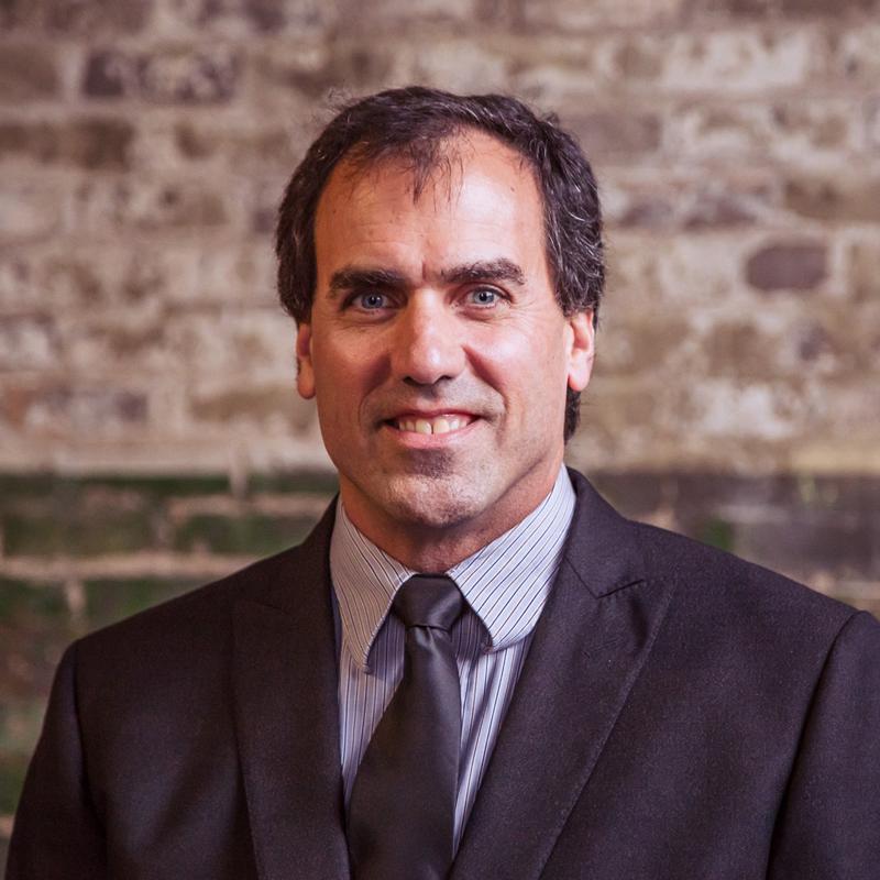 Dr. Ian Mogilevsky